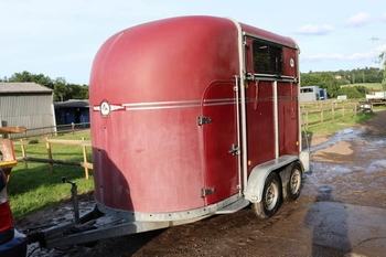 Fautras Oblic 2 Horse trailer for sale
