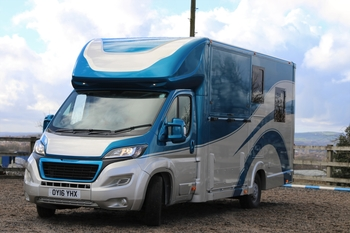 4.5T PEUGEOT BOXER WITH LUXURY LIVING