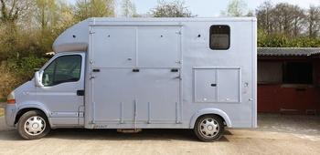 3.5t Horsebox Renault