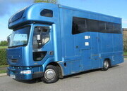 2005 Renault Midlam 150 7.5 Ton Coach built by L M Horseboxes. Stalled for 3 with smart living.. Sleeping for 4