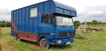 7.5t Mercedes 814 horsebox (1994)
