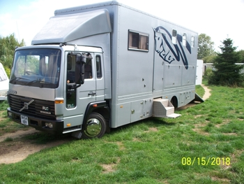 Horsebox 7.5Ton Volvo with living