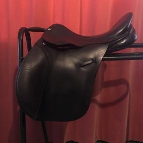 14 and a half inch Lovatt and Ricketts pony saddle
