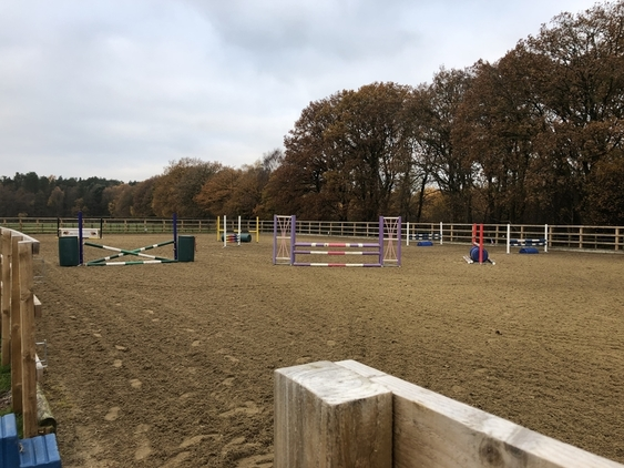 5* FULL/PART LIVERY AVAILABLE IN WHITCHURCH, SHROPSHIRE