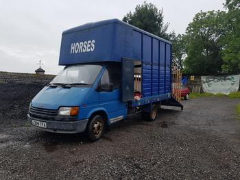 3.5 ton Transit horsebox