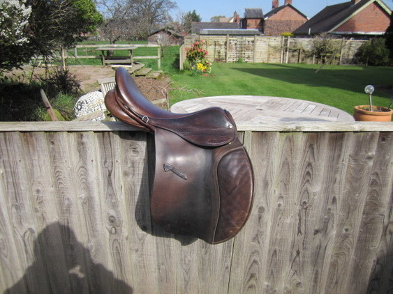 Falcon English Saddles 18
