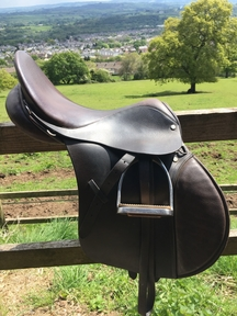 English Leather Saddle (John Ayres) with English Leather Bridle (Cob)