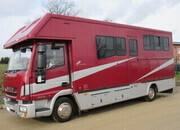 Beautiful 2009 Iveco Eurocargo Automatic 7.5 ton coach built by JSW horseboxes, stalled for 3 with smart comfortable living
