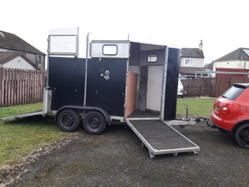 Not To Be Missed  ___   James George 2005 Model Horse Trailer