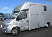 2009 Vauxhall Movano Automatic 3.5 ton. Select Long stall. Stalled for 2 rear facing.. Recent build.