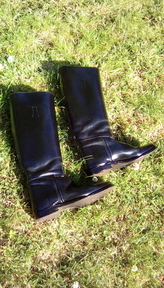 Leather riding boots, black