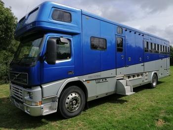 2001 Oakley Supreme 8 Horse built upon a 99 Volvo FM10 320 bhp