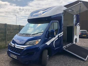 Newbuild Evolution Horsebox