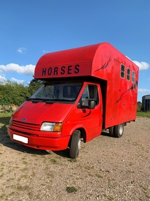 Ford transit 3.5t Horsebox