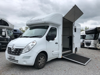 ALEXANDERS WINDSOR 3.5T RENAULT AUTOMATIC 2 STALL 2015