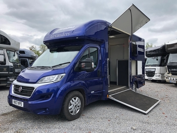 ALEXANDERS WINDSOR 4.5T FIAT AUTOMATIC 2 STALL 2017