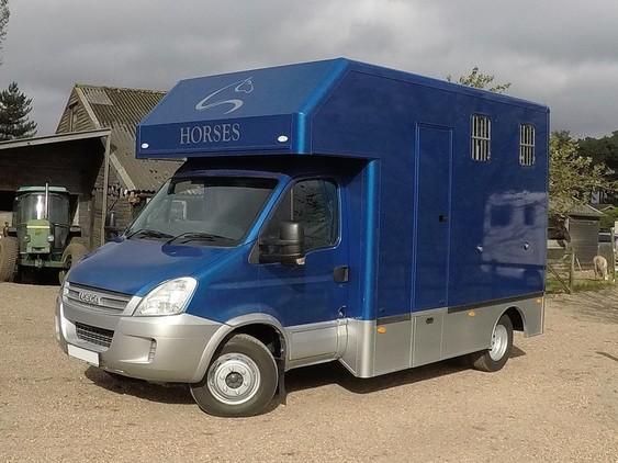 Trevett & Smith 6.5 t Iveco Compact Horsebox