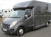 2010 Renault Master. Brand New Build by Chaighley. Stalled for 2 rear facing.. Metallic paint