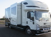 2013 Isuzu Equi-trek Endeavour Elite. Stalled for 3 with full luxury living.. Slide out.. Only 16,081 Miles!