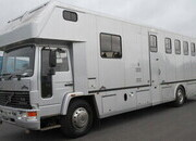 Beautiful 18 Ton Volvo FL6 Coach built by Whittaker horseboxes. Stalled for 5 with full luxury living