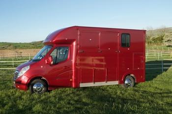 Fantastic Regent 3.5T LWB Horsebox For Sale