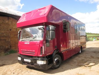**WANTED** ALL HORSEBOXES CASH WAITING.
