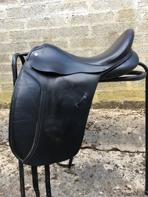 Cliff barnsby dressage saddle