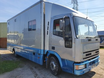 1994 7.5T 3 HORSE IVECO HORSEBOX WITH DAY LIVING.