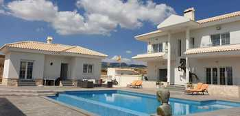 Country Property for sale in Alicante