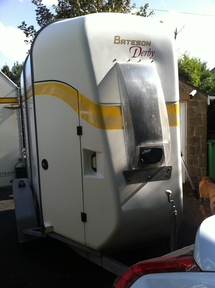 Bateson-Derby-Lightweight-Double rear load Horse Trailer