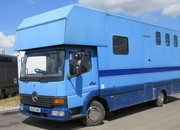 2004 Mercedes Benz Atego Coach built by Castle Horseboxes. Stalled for 3 with smart living... Full tilt cab
