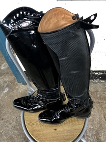 Paitent long riding boot