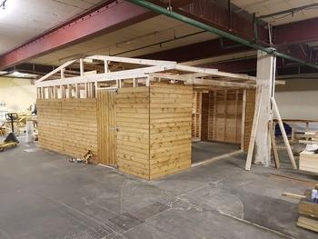 Field shelter barn