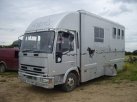 Select Horseboxes (saywell)